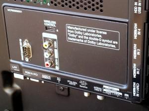 Flachbildfernseher Ein- und Ausgänge