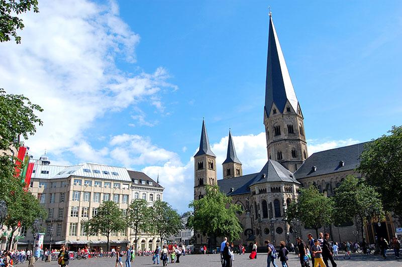 Bonn, Münsterplatz
